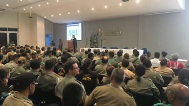 Photo of Auditório da Fundação recebe grande número de militares para orientações